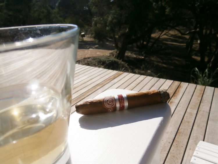 Edmundo Dantes El Conde 109 Edición Regional Mexico 2007 a bit less than half smoked