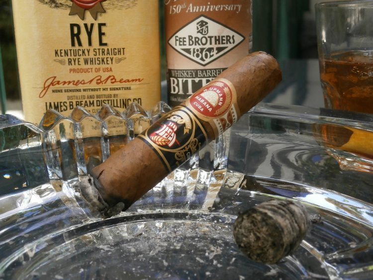 H. Upmann Robustos 520 Aniversario, one third smoked, with a Jim Beam Rye