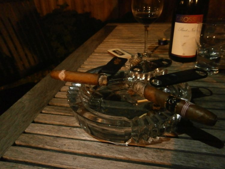 Montecristo No. 2 Gran Reserva Cosecha 2005 two thirds