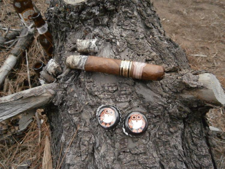 Montecristo Double Corona Edición Limitada 2001 half smoked