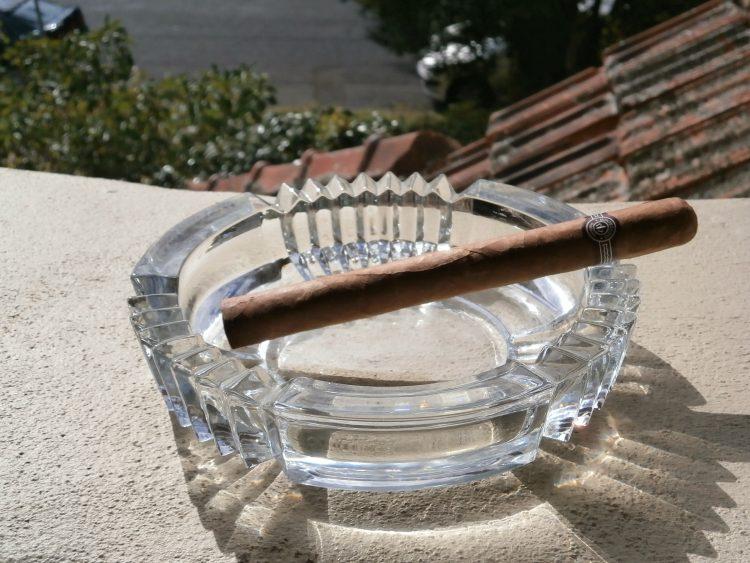 Montecristo Double Corona Réplica de Humidor Antiguo unlit