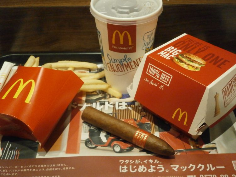 Partagás Serie P No. 1 unlit, with a Big Mac Meal