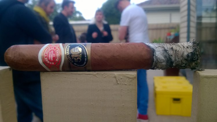 Romeo y Julieta Hermosos No. 3 510 Aniversario Humidor, somewhat burnt