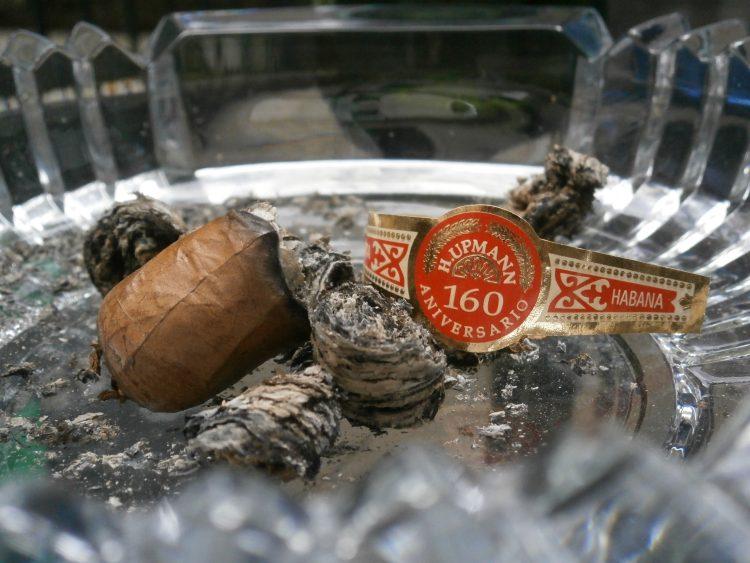 H Upmann Connoisseur No. 1 160th Aniversario Humidor nub