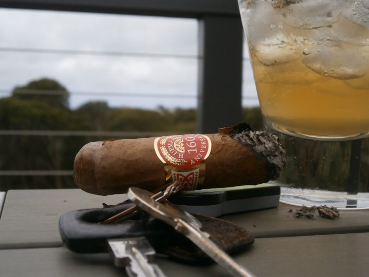 H. Upmann Prominentes 160th Aniversario Humidor, final third