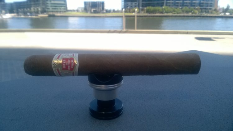 Hoyo de Monterrey Epicure No. 1 unlit and in the shadows.