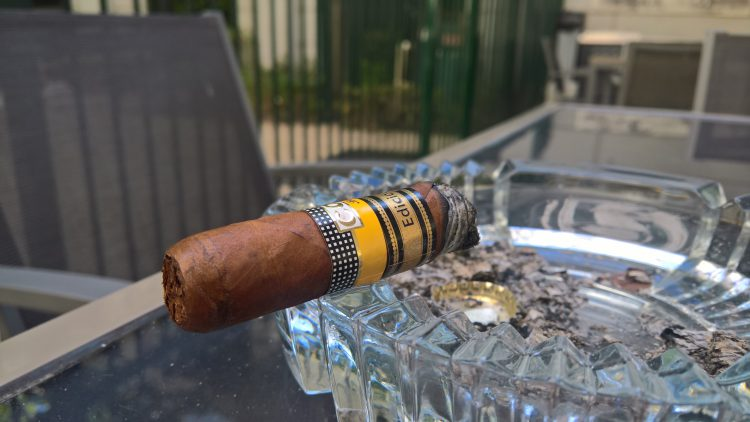 Cohiba Cohiba 1966 Edición Limitada 2011 burned to the band